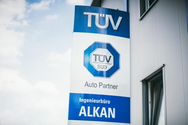 Foto vom Logo der Unfallgutachter des Ingenieurbüro Alkans, welches gutachten für kfz und alle anderen Fahrzeugtypen in rund um mülheim erstellt